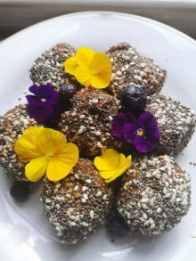 chia seeds recipe with edible flowers