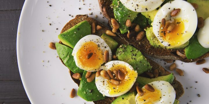 picture of avocado and eggs on toast