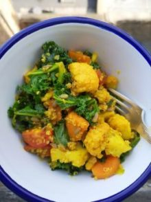 a white bowl of weight loss high fibre vegetables